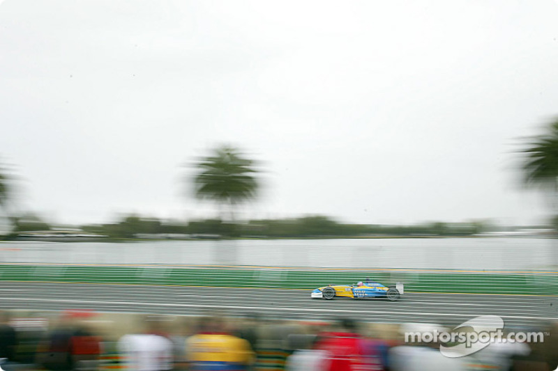 Motion blur on a Renault