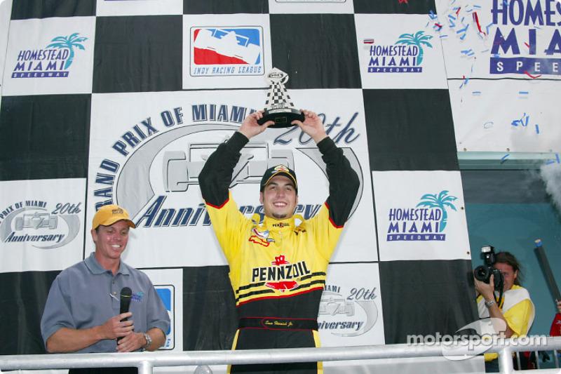 Race winner Sam Hornish Jr.