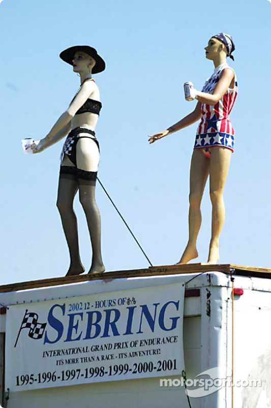 Racing is getting more and more popular with mannequins