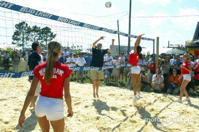 Sebring Beach Volleyball Challenge: Hawiian Tropic girls playing against the Panoz drivers