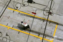 Preparing the pitstop area