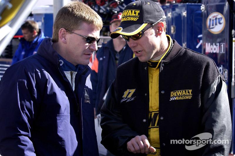Matt Kenseth goes over qualifing with teamate Jeff Burton