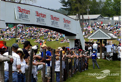 Lime Rock crowd