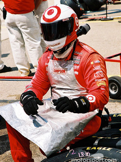 Ganassi Racing crew member