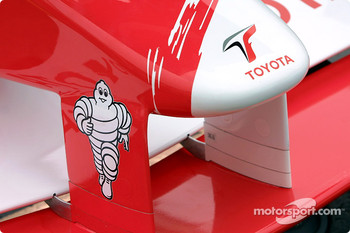 Toyota nose cone