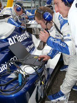 Williams-BMW engineer