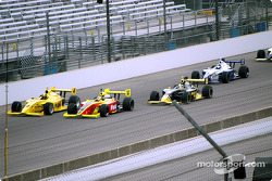 The start: Ed Carpenter and Mark Taylor lead the field