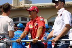 Drivers parade: David Coulthard, Michael Schumacher and Ralf Schumacher