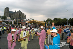 Musicians in pastel suits