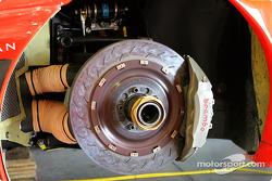 Front brakes of the #33 Ferrari