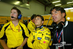 Race engineer Rob Smedley, Giancarlo Fisichella and Giancarlo's manager Enrique Zanerini
