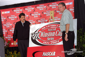 Mike Helton and Dan Leary announce victory lap program