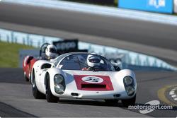 #25 1967 Porsche 910