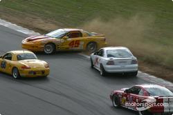 #45 Michael Baughman Racing Firebird: Mike Yeakle, Bob Ward in trouble