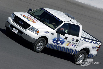 Pace truck for the Banquet 400