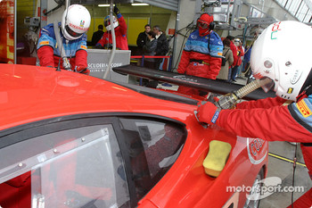 Refuel practice at Scuderia Ecosse