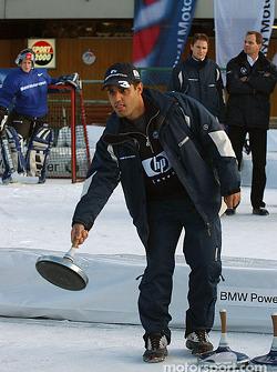 Juan Pablo Montoya tries curling