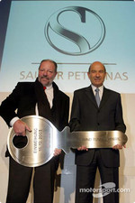 Peter Sauber inaugurates the wind tunner with architect Walter Weschle
