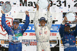 Podium: race winner Leonardo Maia with Victor Gonzalez and Memo Rojas