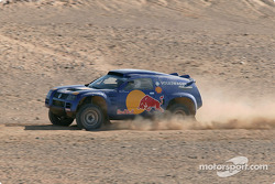 Bruno Saby and Matthew Stevenson test the Volkswagen Race-Touareg