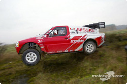 Colin McRae tests the Nissan Pickup in the UK