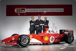 Paolo Martinelli, Ross Brawn and Rory Byrne with the new Ferrari F2004