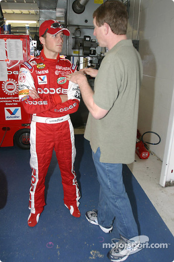 Bill Elliott shares his secrets with Kasey Kahne