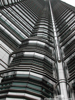 Petronas Towers, looking up