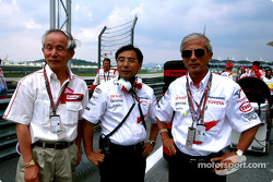 Mr Ohmori, EVP Denso, Keizo Takahashi and Dr Saito, EVP Toyota Motor Corporation