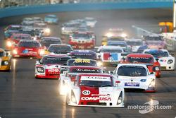 Start: #01 CGR Grand Am Lexus Riley: Scott Pruett, Max Papis takes the lead