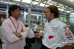 Cristiano da Matta talks with Ukyo Katayama