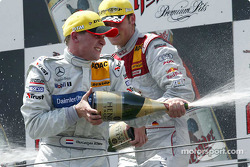 Podium: champagne for Christijan Albers