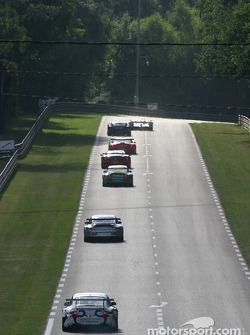 Qualifying action at the exit of Mulsanne corner