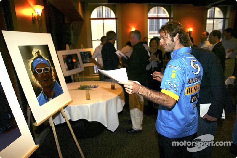 Renault F1 photographic competition award: Jarno Trulli