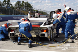 Pit stop for #59 Brumos Racing Porsche Fabcar