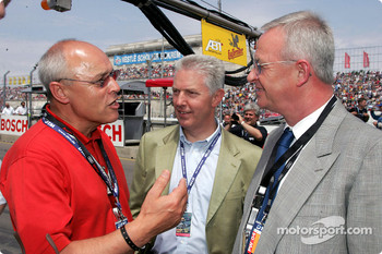 Dr Martin Winterkorn, Chairman of AUDI AG, with his colleagues Erich Schmitt and Dr Werner Mischke