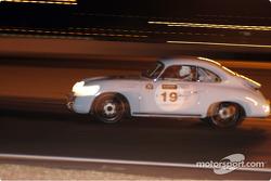 Grid3-19-Porsche 356 Coupe'