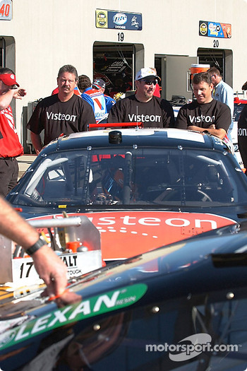 Bill Elliott's team waits for inspection