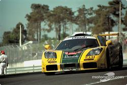 #29 Harrod's Mach One Racing McLaren F1 GTR: Andy Wallace, Olivier Grouillard, Derek Bell