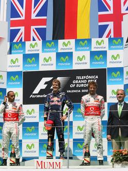 Podium: race winner Sebastian Vettel, Red Bull Racing, second place Lewis Hamilton, McLaren Mercedes, third place Jenson Button, McLaren Mercedes