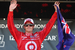 Podium: race winner Scott Dixon, Target Chip Ganassi Racing