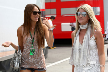 Jessica Michibata girlfriend of Jenson Button, Isabell Reis girlfriend of Timo Glock, Virgin Racing