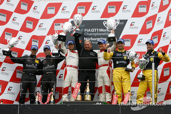 Podium: race winners Darren Turner and Tomas Enge, second place Peter Kox and Christopher Haase, third place Marc Hennerici and Alexandros Margaritis