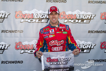 Pole winner Carl Edwards, Roush Fenway Racing Ford
