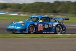 #88 Team Felbermayr Proton Porsche 997 GT3 RSR: Martin Ragginger, Christian Ried, Romain Dumas