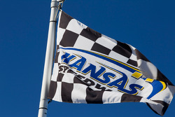 Flag at Kansas Speedway
