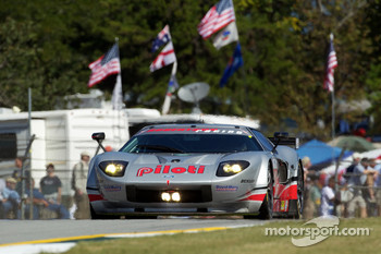 #40 Robertson Racing Doran Design Ford GT: David Robertson, Andrea Robertson, Craig Stanton