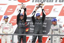 Podium: race winners Frank Kechele and Ricardo Zonta