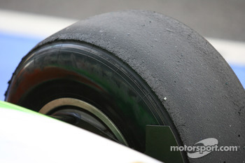Tire wear on the Pirelli