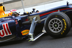 Sebastian Vettel, Red Bull Racing with a device on the side of his car